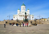 Helsinki cathedral and monument to Alexander II — Stock Photo
