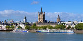 Embankment of Rhine river in Cologne, Germany — Stock Photo
