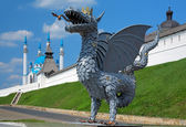 Metal sculpture of Zilant, official symbol of Kazan, Russia — Stock Photo