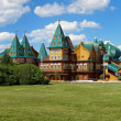 Wooden palace of tzar Aleksey Mikhailovich, Kolomenskoe, Russia — Stock Photo #16264027