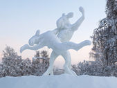 Dancing elks - Ice sculpture in Jokkmokk, Sweden — Stock Photo
