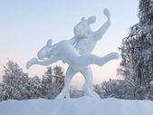 Dansande älgar - isskulptur i jokkmokk, sverige — Stockfoto