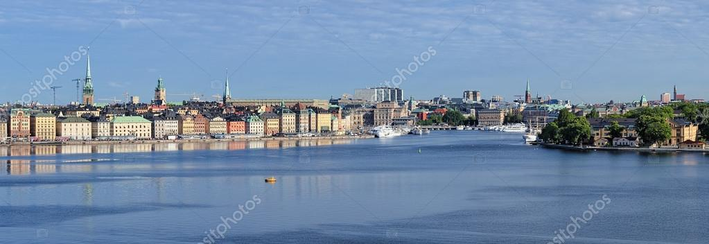 Panorama of Gamla Stan, Norrmalm, Ostermalm and Skeppsholmen in Stockholm, Sweden — Stock Photo #21370449