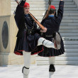 Greek guards (evzons) in Athens, Greece — Stock Photo