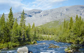 Khibiny Mountains with Kunijok river and Northern Chorrgor Pass — Stock Photo