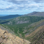 View on the Iov ravine and Serebryanskiy Stone mount, Russia — Stock Photo