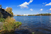 Pond, embankment and buildings in Yekaterinburg — Stock Photo