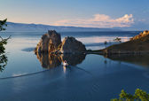 Cape Burhan and Shaman Rock on Olkhon Island at Baikal Lake — Stock Photo