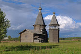 St. John Chrysostom church in Saunino village, Russia — 图库照片