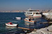 Boats and ship at the Bosphorus coast — Stock Photo
