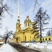 Peter and Paul Cathedral in Peter and Paul Fortress in Saint Petersburg — Stock Photo
