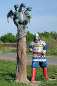 Sculpture of a Russian Bogatyr with Zmey Gorynych — Stock Photo