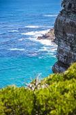 Natuur landschap naast cape town stad, oceanscape met hoge cl — Stockfoto