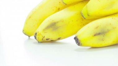 Banane crue — Vidéo