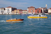 Boats and river buses and houses of Venice, Italy — Stock Photo