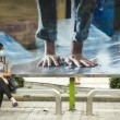 Funny making on a bus stop - Ho Chi Minh City — Stock Photo