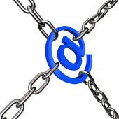 E-post fängslad med kedja — Stockfoto