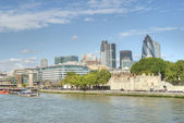 City of London skyline and River Thames — Stock Photo