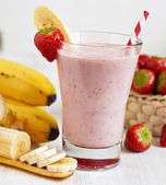 Strawberry Banana Smoothie — 图库照片