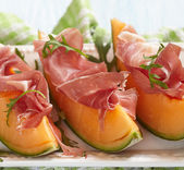 Fresh Melon with Prosciutto — Stock Photo