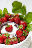 Fresh strawberry with cream cheese dip — Stock Photo