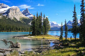 Spirit Island on the Maligne Lake — Stock Photo