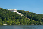 Walhalla at the river Donau — Stock Photo
