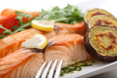Dish of roasted salmon with sweet potatoes — Stock Photo
