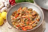 Traditional portuguse seafood dish cataplana — Stock Photo