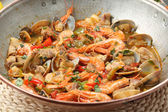 Traditional portuguse seafood dish cataplana — Stock Photo