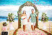 Romantic wedding on the beach, bali — Foto de Stock