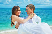 Beach, beautiful couple — Stock Photo