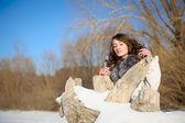 Ragazza inverno con gli occhi chiusi — Foto Stock
