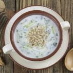 Tarator, bulgarian sour milk soup — Stock Photo #30759843