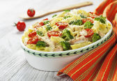 Casserole pasta with chicken and broccoli — Stock Photo