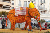 MENTON, FRANCE - FEBRUARY 27: Lemon Festival (Fete du Citron) on the French Riviera. — Stock Photo