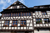 Traditional old house in Strasbourg — Foto de Stock