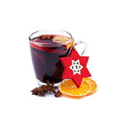 Mulled wine isolated on white — Zdjęcie stockowe