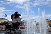 四个季节在莫斯科,俄罗斯的涅广场上的喷泉 — 图库照片