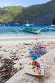 Food on the sea coast — Stock Photo
