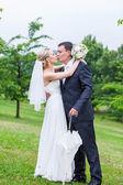 Rainy wedding day — Stock Photo