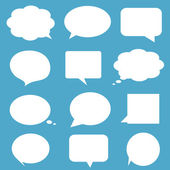 Blank empty white speech bubbles on blue background. — ストックベクタ