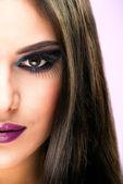 Extreme makeup. Beautiful half face — Stock Photo