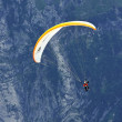 Paragliding in the Swiss Alps, Grindelwald (Switzerland) — Stock Photo