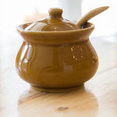 Ceramic clay small pot for cooking or general use — 图库照片