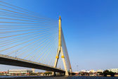 Crossing river bridge bangkok thailand — Stock Photo