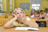 μαθήτρια χασμουρητό — Φωτογραφία Αρχείου