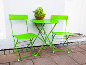 Bright green Cafe Table and Chairs at Reykjavik Iceland — Стоковое фото