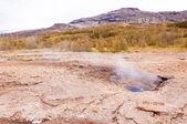 Geysir pouco na Islândia — Fotografia Stock