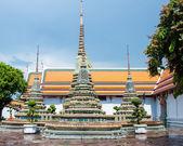 Bangkok, Thailand - May 24, 2014: Wat Pho, the Temple of the Reclining Buddha in Bangkok, Thailand — Stockfoto